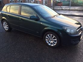 Vauxhall Astra 1.6 semi-automatic Druves very well