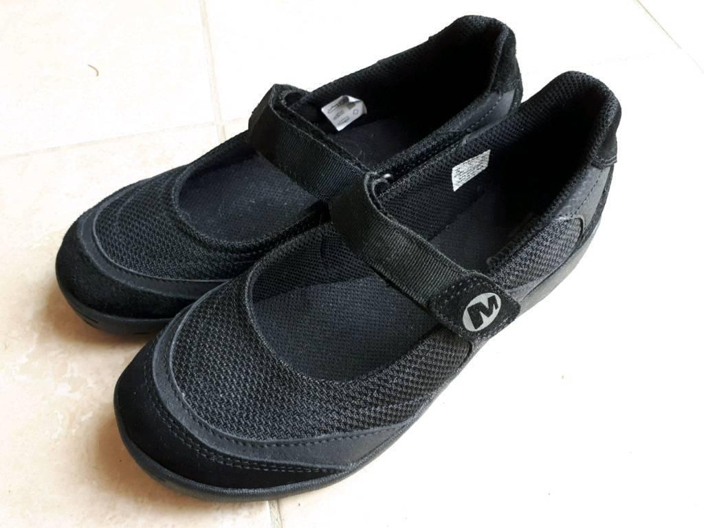 745eb600ce255 BRAND NEW School black shoe
