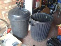 2 X RIGID STRONG PLASTIC BINS 80 LITRE WITH 1 LID, GARDEN PATIO COMPOST, ANIMAL FOOD,RUBBISH, WATER