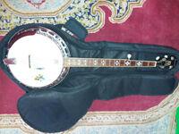 5 String Bluegrass Banjo + Gig Bag + Tutor DVD's