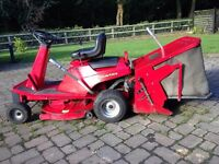 COUNTAX RIDER LAWNMOWER WITH SWEEPER ATTACHMENT