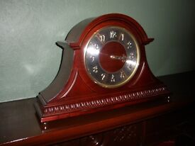 Antique Style Chiming Mantle Clock
