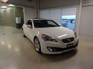 2011 Hyundai Genesis Coupe 3.8L GT 6sp West Island Greater Montréal image 1