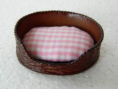 (A3.2) DOLLS HOUSE  BROWN PET BED PINK GINGHAM WITH MATTRESS