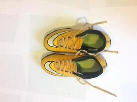 Nike astros boys size 2 (reduced price)