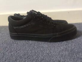 Old Skool Vans all black size 7 (worn once)