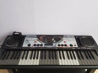 YAMAHA DJX 2 electric keyboard
