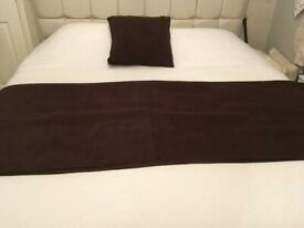 BEAUTIFUL BROWN SUEDETTE THROW & CUSHION