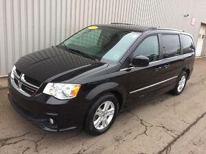 2015 Dodge Grand Caravan Crew V6 PASSENGER VAN WITH LEATHER,...