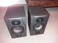 Soundcraft Spirit Absolute 2 - Studio Monitors