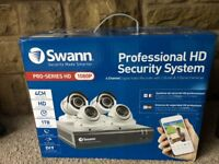 (NEW) Swann 4 x HD CCTV Cameras with 1TB DVR Recorder + Mobile App Monitoring and Cables