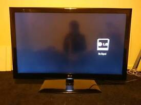 """42"""" LG LED TV (Spares or repairs)"""