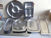 6 Stainless Steel Trays. (£8 the lot)