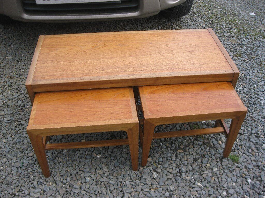 RETRO STURDY COFFEE TABLE WITH 2 UNDER NEST TABLES. VIEWING/DELIVERY AVAILABLE