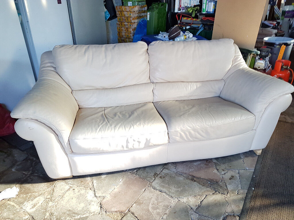 3 seater cream leather sofa in leven fife gumtree for Leather sofa 7 seater