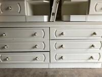 Bedroom Furniture Set, includes, 6 Drawer Chest, 2 Bedside Tables, 1 Winged Mirror