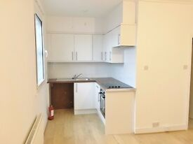 Beautiful studio apartment with large kitchen in Holloway Rd , Islington, N7