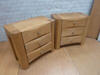 Modern Solid Oak Bedside Table Chests of 3 Drawers Delivery Available