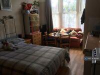 1 bedroom in Belmont Road, St. Andrews, Bristol, BS6 (#953141)