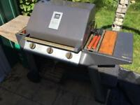 3 Burner gas BBQ, gas bottle nearly full, complete in good working order