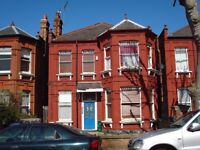DSS considered! Studio Flat near Willesden Green Tube station, 24h busses & local amenities