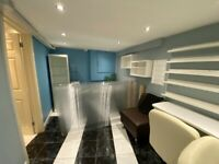 Beauty room & salon chair to rent in a busy High Street salon in Walthamstow