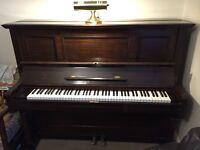 PIANO FOR SALE - Alemão Neindorff Upright Piano