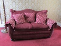 3 Piece Suite for Sale in Red Quality Fabric Material