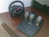 Logitech G29 Driving Force Steering Wheel And Pedals PS4 / PS3