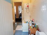 Lovely room to rent in the heart of Dennistoun