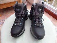 Ladies size 6 Berghaus walking boots