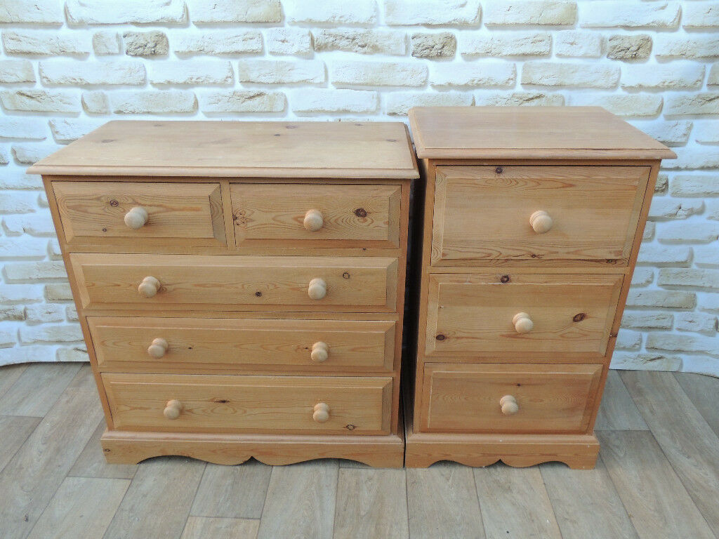 Welsh Country Pine set of 2 chests (Delivery)