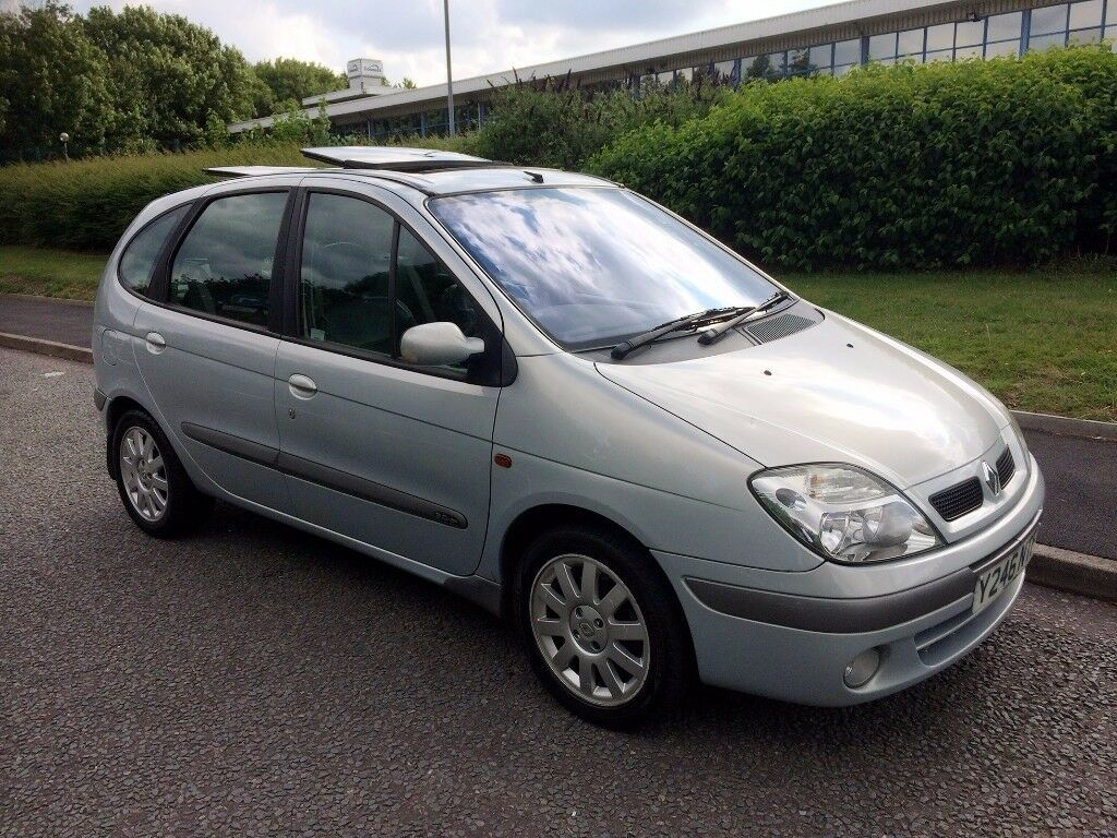 Renault Scenic 2.0 16v Dynamique + 5dr, MOT December, Good condition all around,Drives fine no probs