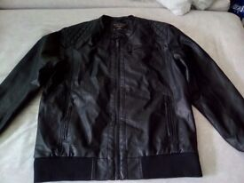 Selling a brand new XL black primark jacket.