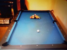 Snooker - air hockey table