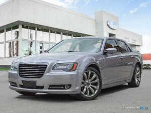 2014 Chrysler 300 $192 b/w | S | Leather Seats | Moonroof | Navi