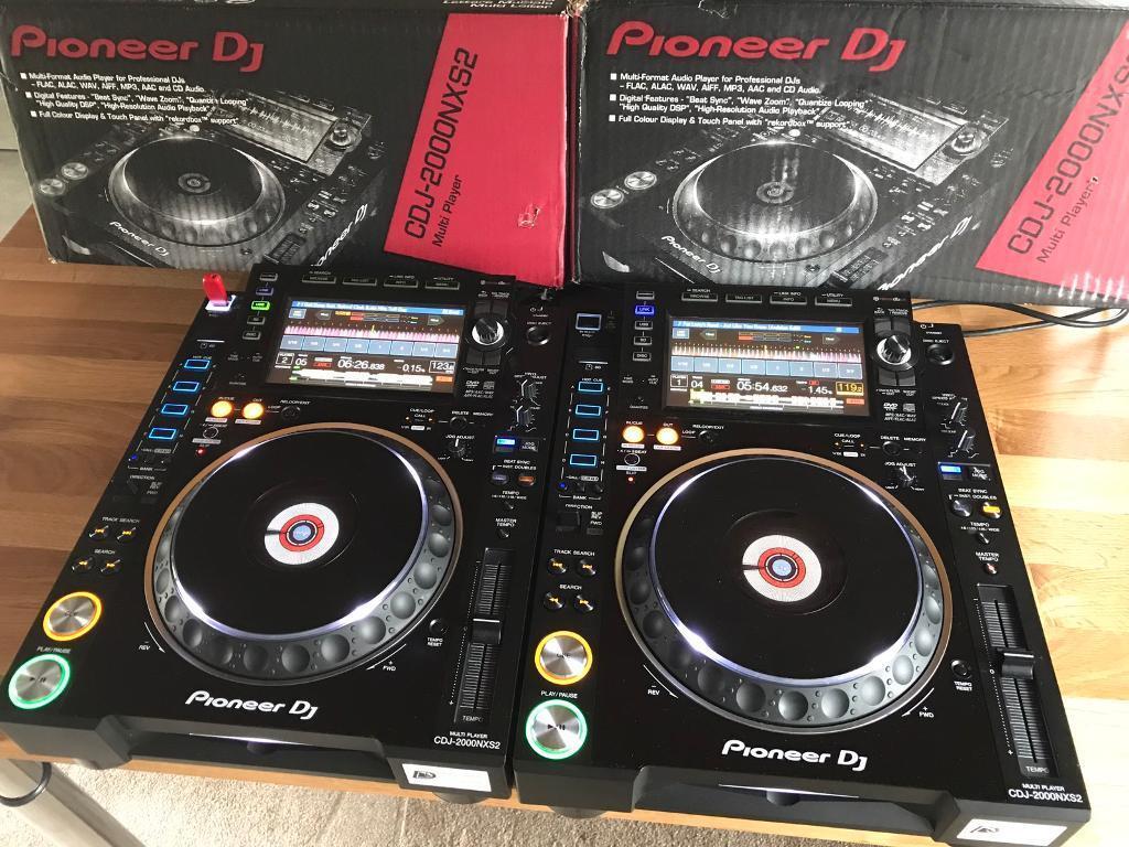 2x Pioneer CDJ 2000 NXS2 DJ Decks - Fully Boxed - Mint as new