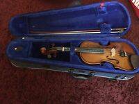 Reduced 1/2 size Violin in vgc with case