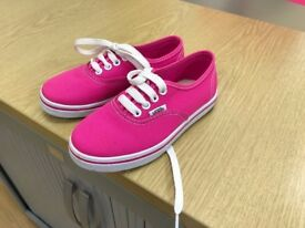 Girls Pink Vans trainers never worn just tried on £12.00