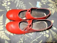 Red Tap Shoes, Size