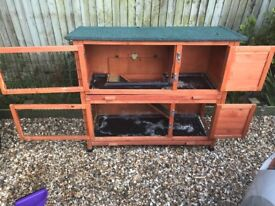 Double guinea pig/single rabbit hutch