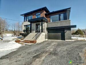 635 000$ - Maison 2 étages à vendre à La Prairie