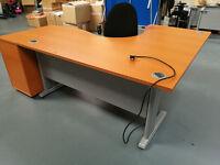 ****Professional Office Desk, Chair & Pedestal Drawer*****