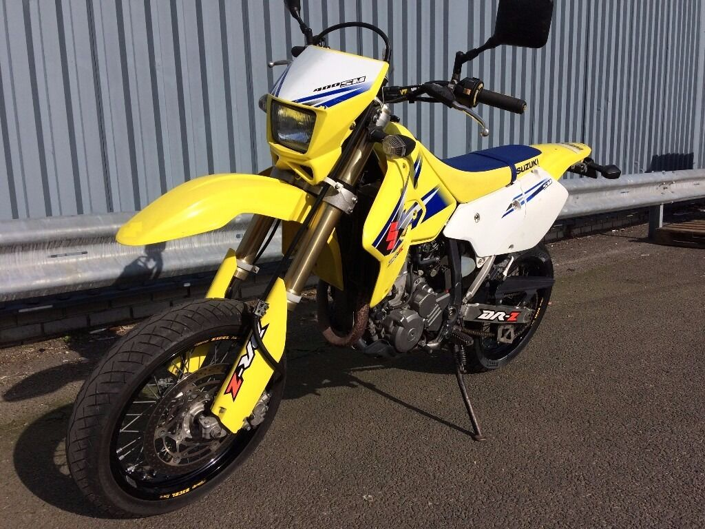suzuki drz 400 sm yellow and blue great condition only 6970 miles in wimbledon london. Black Bedroom Furniture Sets. Home Design Ideas