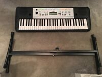 Yamaha YPT 255 Keyboard and stand