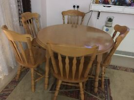 Solid oak table with 6 chairs also extendable