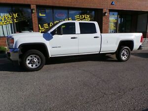 2015 GMC Sierra 3500HD 4X4 , 8FT BOX, CREW CAB, NO ACCIDENTS !!!
