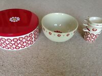 Laura Ashley mixing bowl and measuring cups