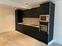 2 bedroom apartment in Main Street Hillsborough