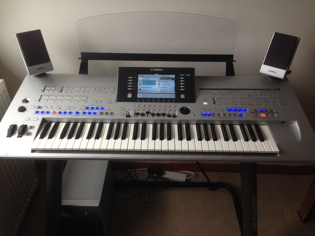 yamaha tyros 4 with trs 04 speaker system in irvine north ayrshire gumtree. Black Bedroom Furniture Sets. Home Design Ideas